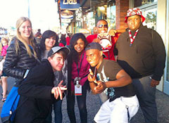 (Left to right) Ali Osborne in San Francisco with DiscoveryBound teens Nicole, Alex, Bunni, Shawn, Trayvon and Juwan